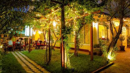 Mak Phet Restaurant Hanuman Travel 814X458